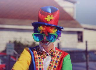 become a clown